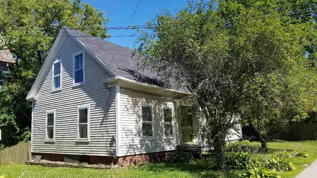 RANDOLPH VTHome for sale $$65,000 | $51 per sq.ft.