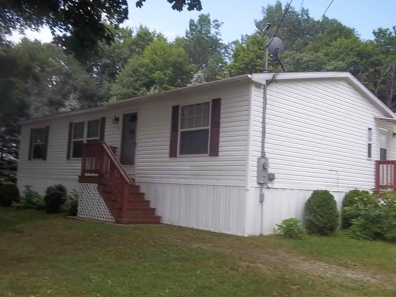 Raymond NH Home for sale $List Price is $169,000
