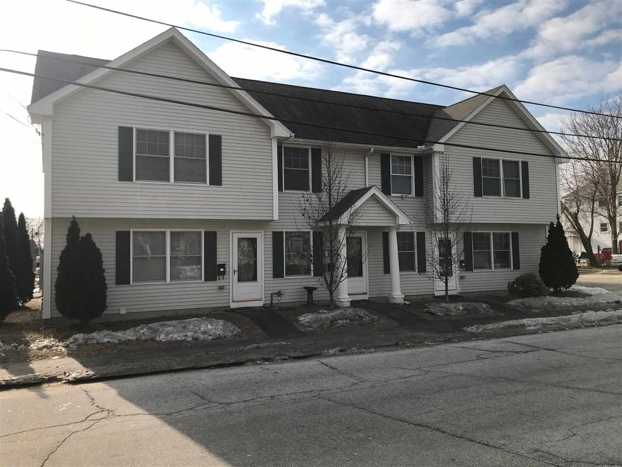 Manchester NH Condo for sale $List Price is $154,995