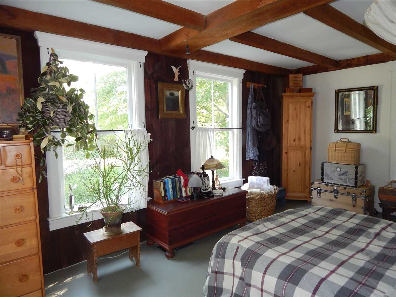 Bedroom or Office on 1st Floor