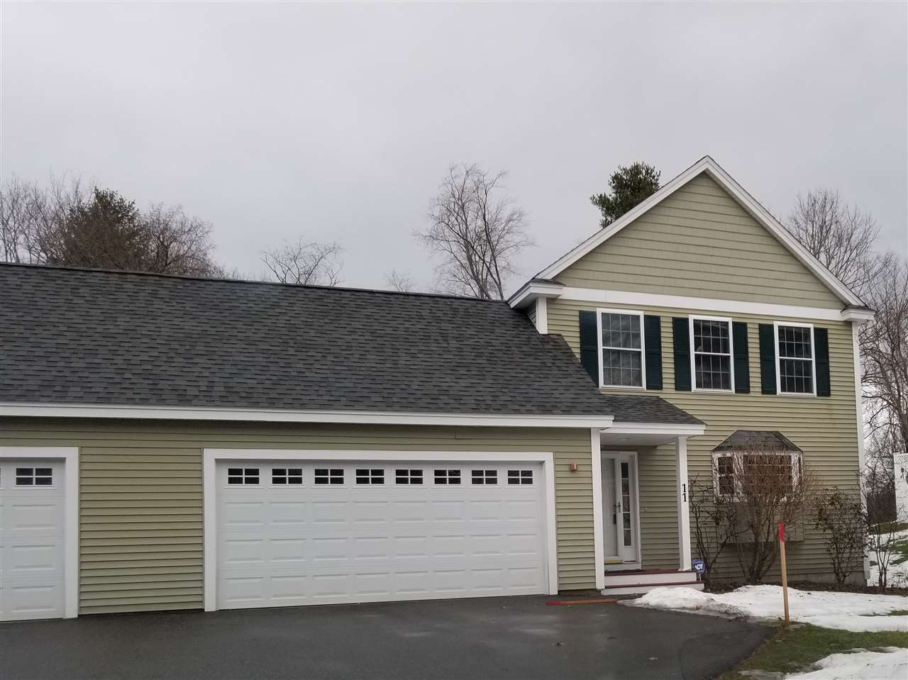 Litchfield NH Condo for sale $List Price is $269,900