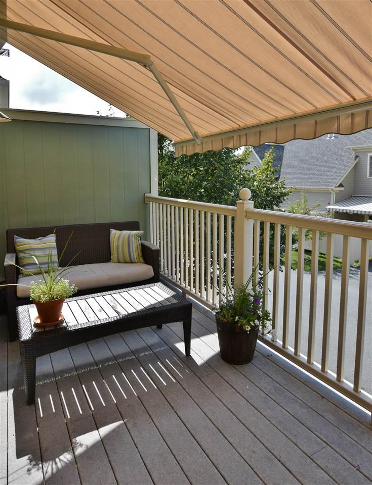 Balcony off Living Room 11337181