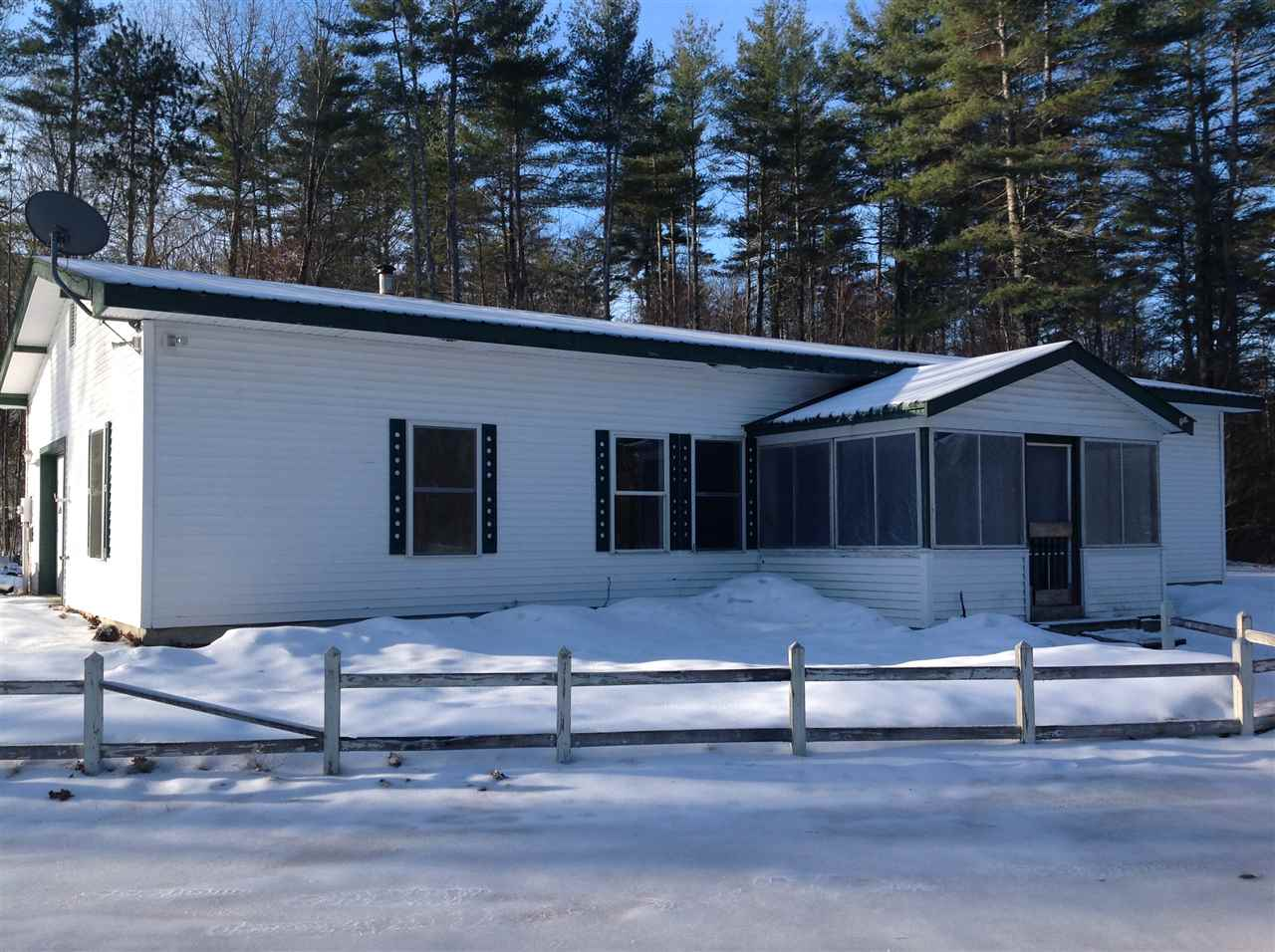 Effingham NH Home for sale $$135,000 $86 per sq.ft.