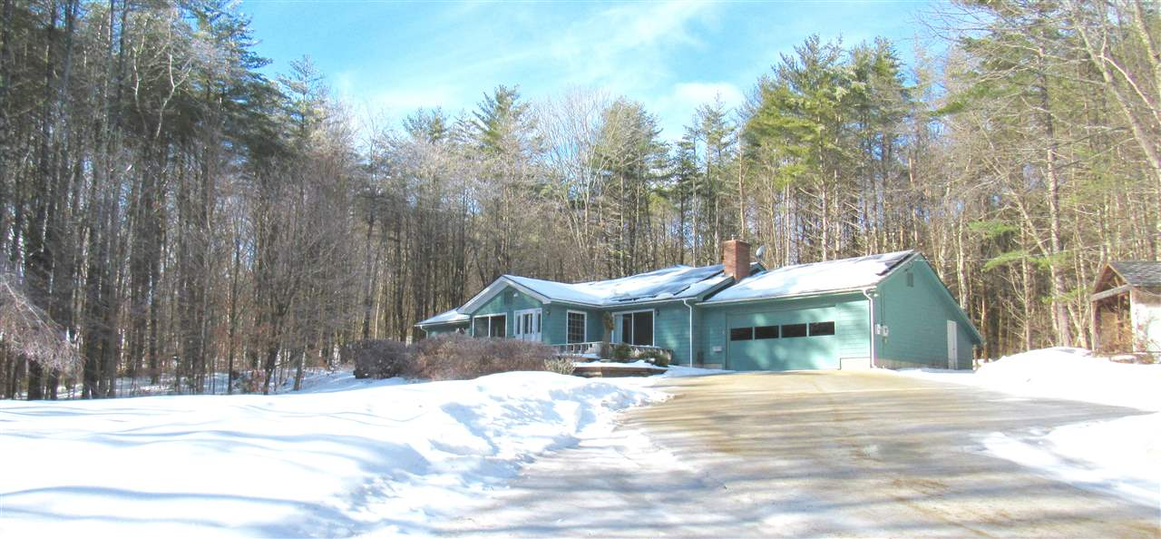 NEW LONDON NH Home for sale $$359,000 | $133 per sq.ft.