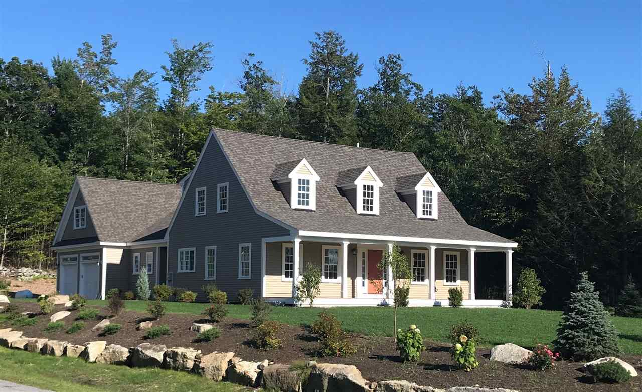 NEW LONDON NH Home for sale $$745,000 | $236 per sq.ft.