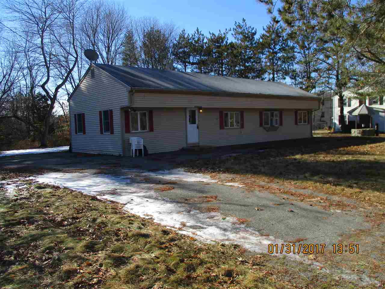 Plaistow NHHome for sale $List Price is $179,900