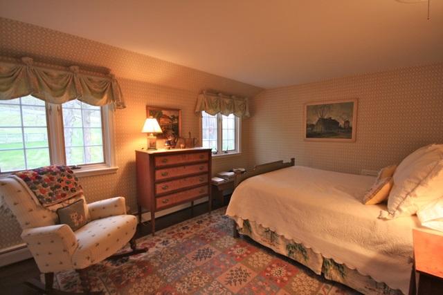 Guest Room 1 11389784