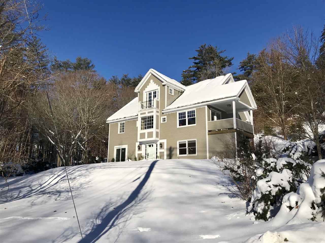 HANOVER NH Home for sale $$869,000 | $263 per sq.ft.