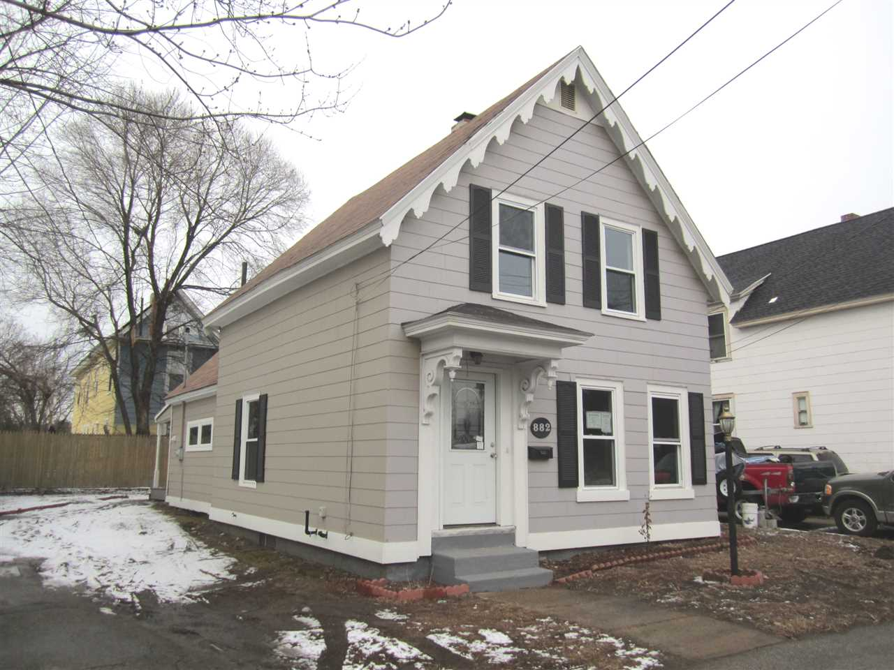 MANCHESTER NH Home for sale $$189,900 | $137 per sq.ft.