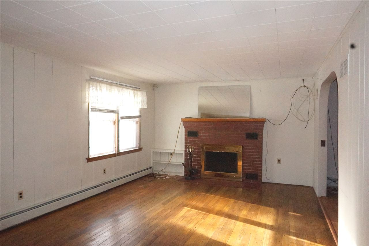 Living Room with Fireplace 11403687