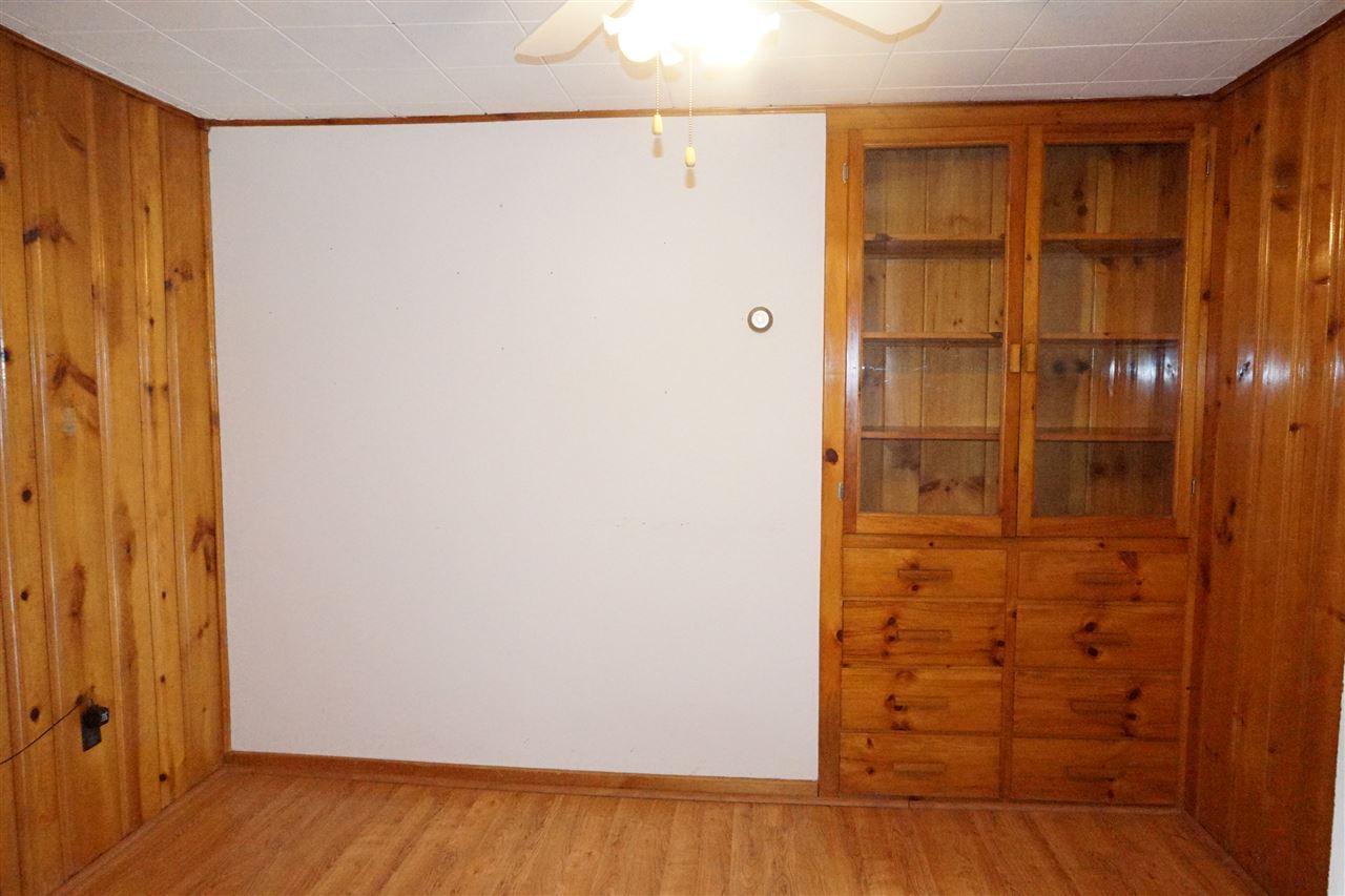 Dining Room wiht Built-ins 11403689