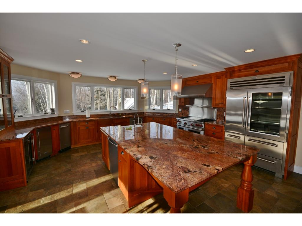 Commercial Grade Kitchen 11406644