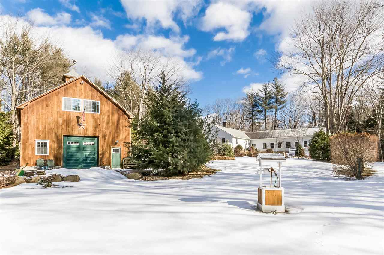 FREMONT NH Home for sale $499,900