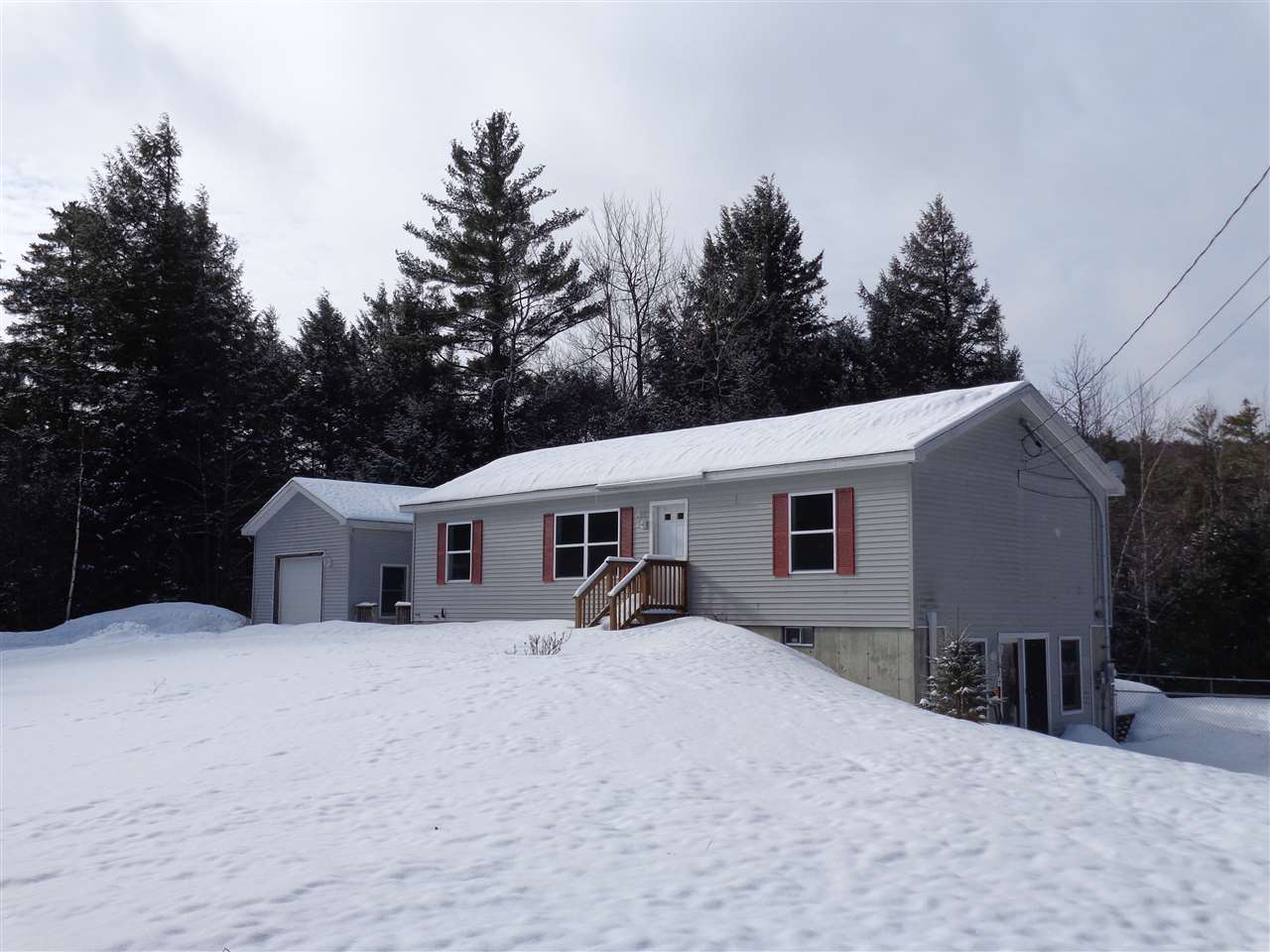 DANBURY NH Home for sale $$179,900 | $163 per sq.ft.