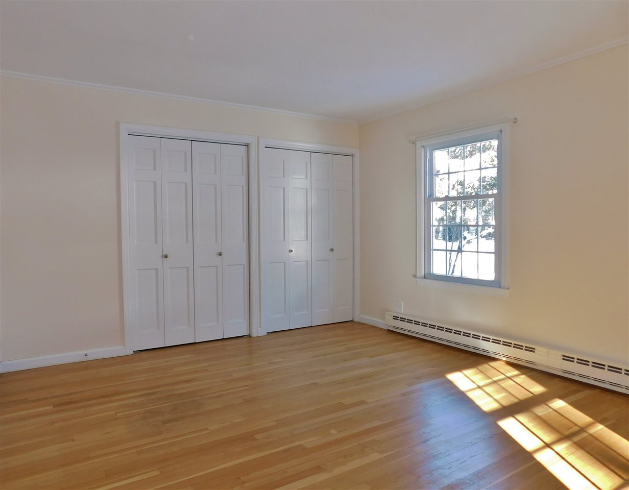 Good Closet Space 11410685