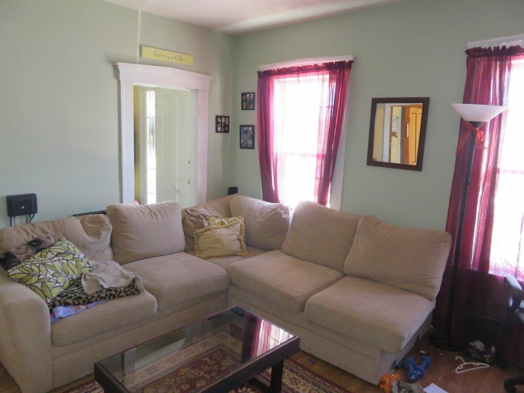 Living Room 11409272