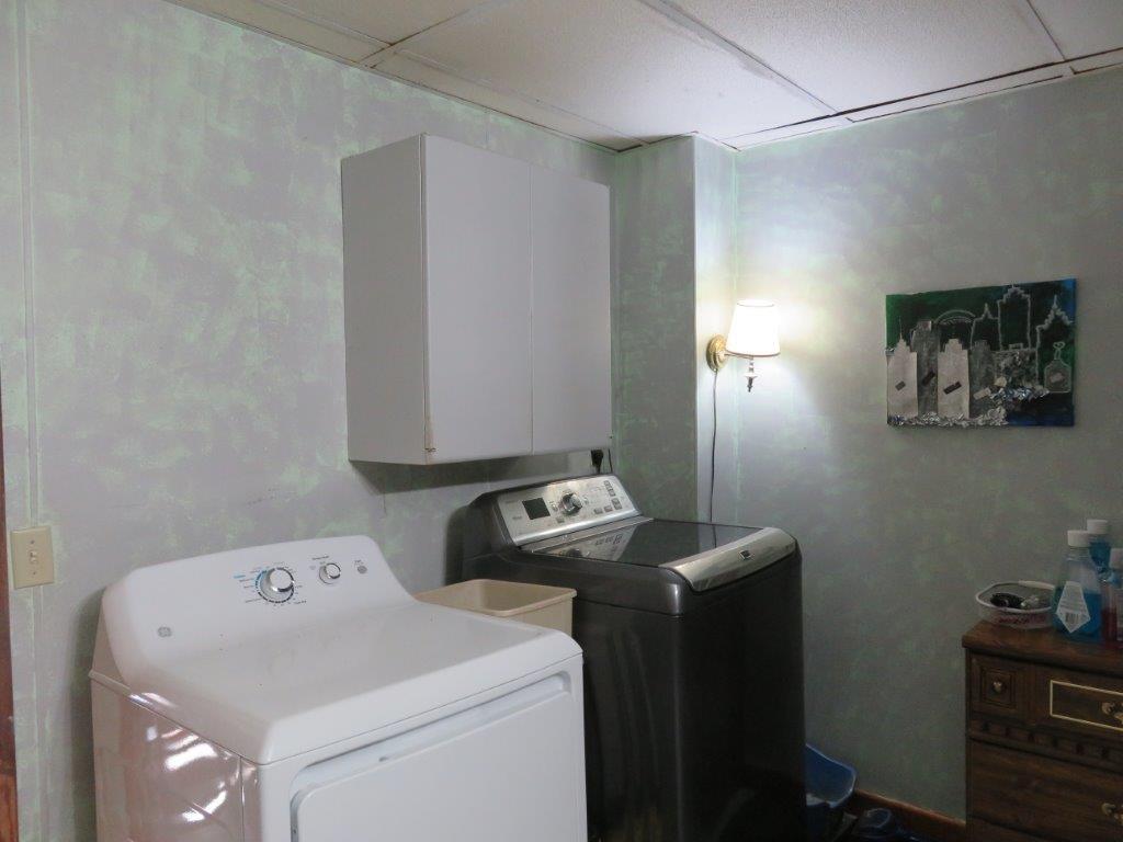 Laundry Hkup