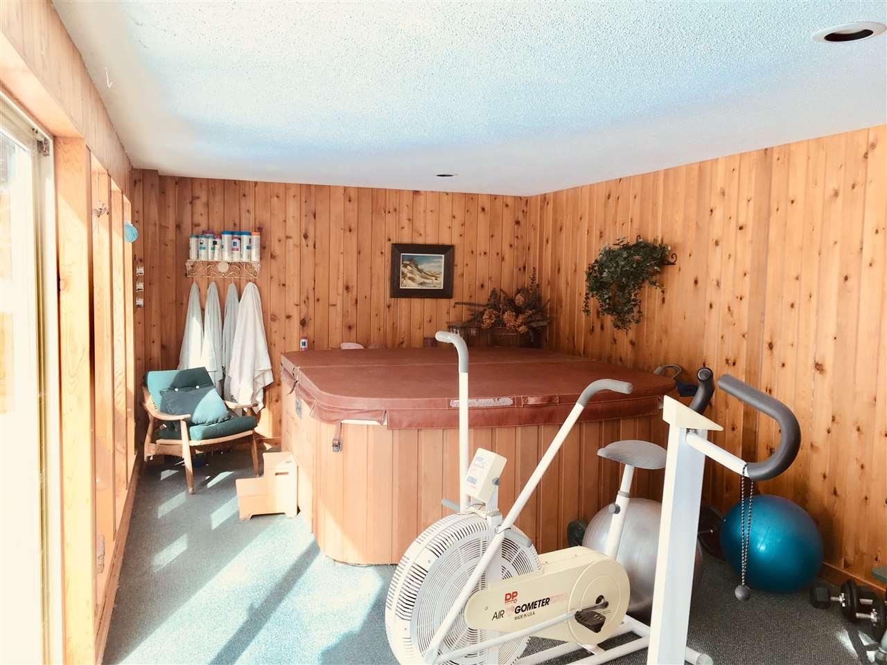 basement level 11413644