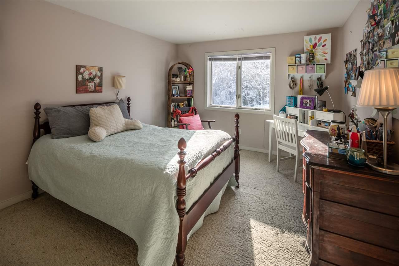 Bedroom 11421520