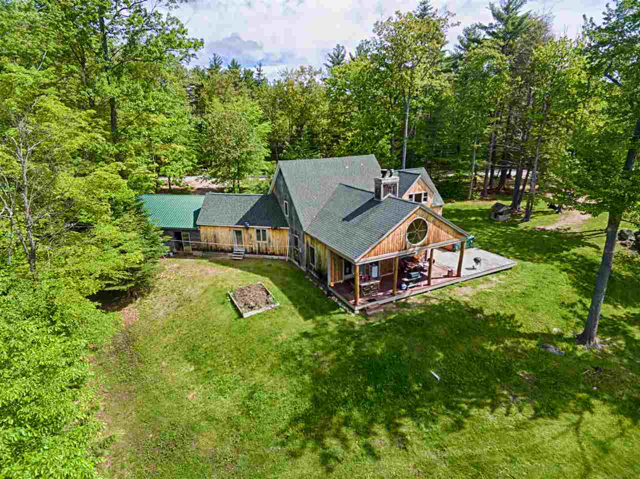 VILLAGE OF CENTER TUFTONBORO IN TOWN OF TUFTONBORO NH  Home for sale $475,000