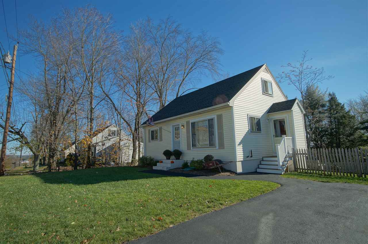 MANCHESTER NHHome for sale $$229,000   $205 per sq.ft.