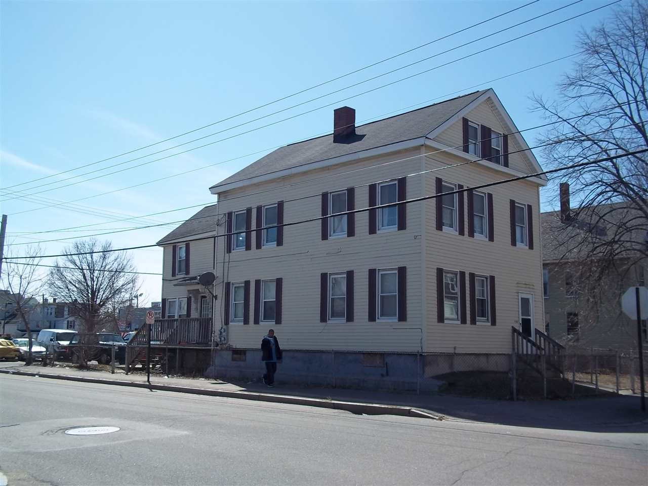 image of Manchester NH  3 Unit Multi Family | sq.ft. 4158