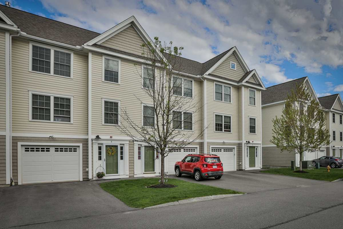 Manchester NH Condo for sale $List Price is $229,900