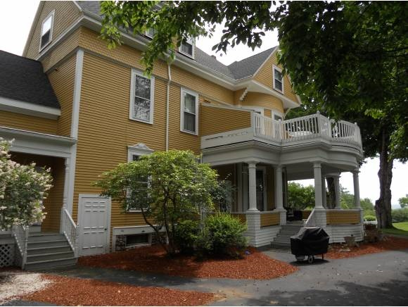 MOULTONBOROUGH NH  Condo for sale $389,000
