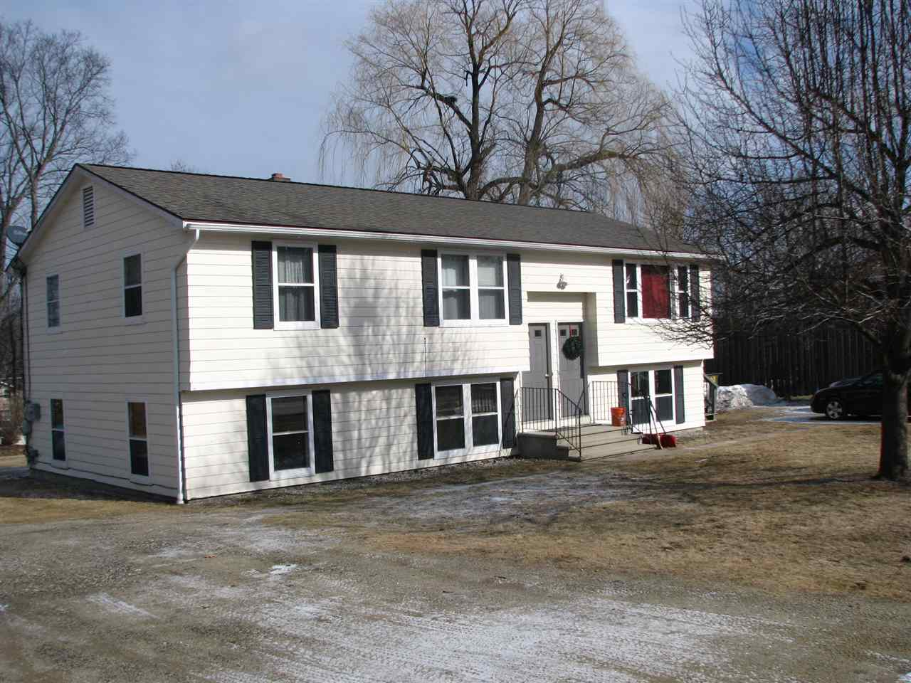 image of Milford NH  2 Unit Multi Family | sq.ft. 2262