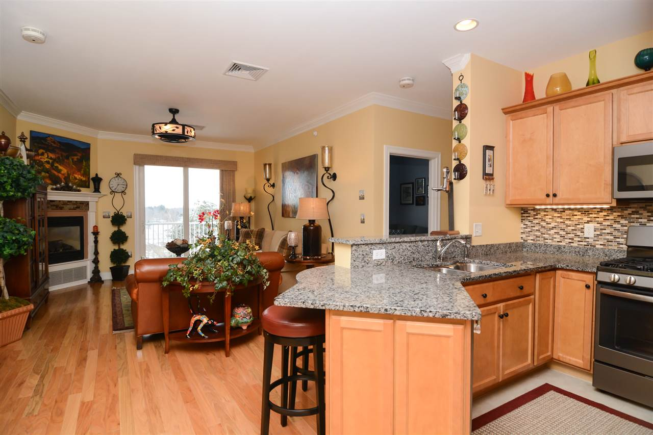 Nashua NHCondo for sale $List Price is $269,900