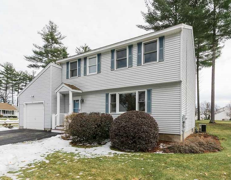 Nashua NH Condo for sale $List Price is $229,000