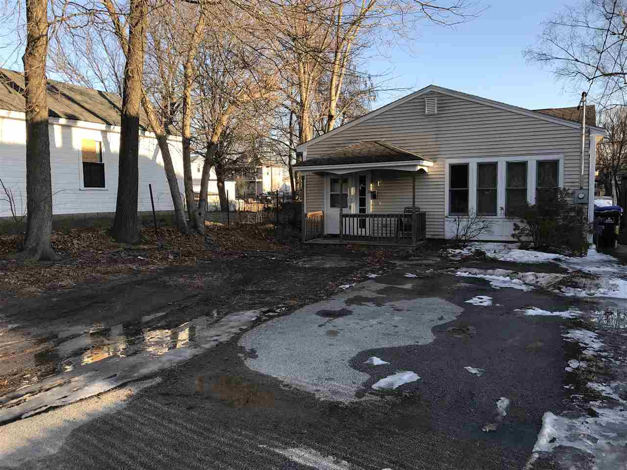 Hudson NHHome for sale $List Price is $190,000