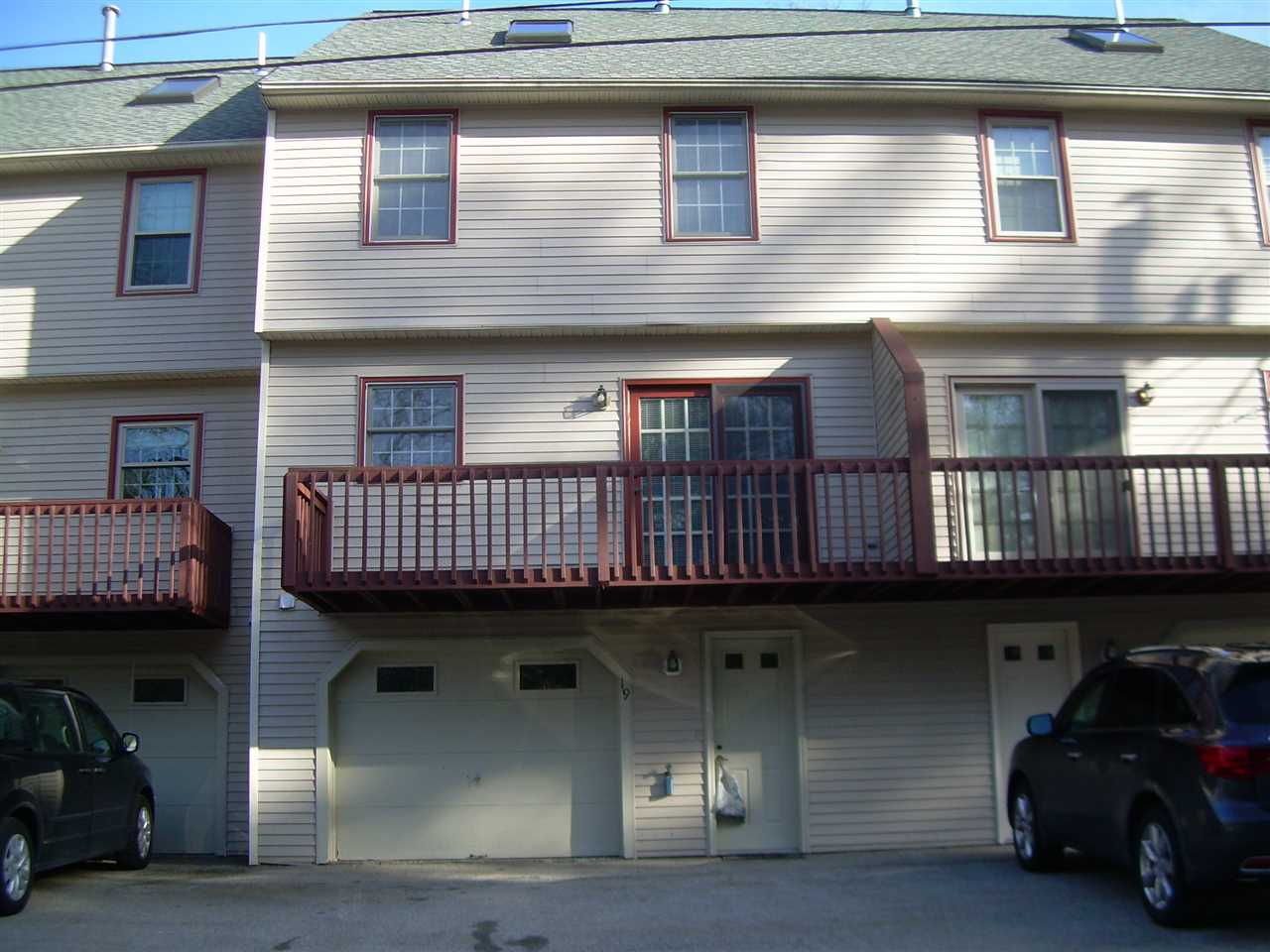 Nashua NH Condo for sale $List Price is $234,900