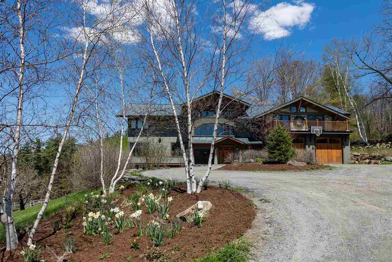 LYME NHHome for sale $$1,700,000 | $321 per sq.ft.