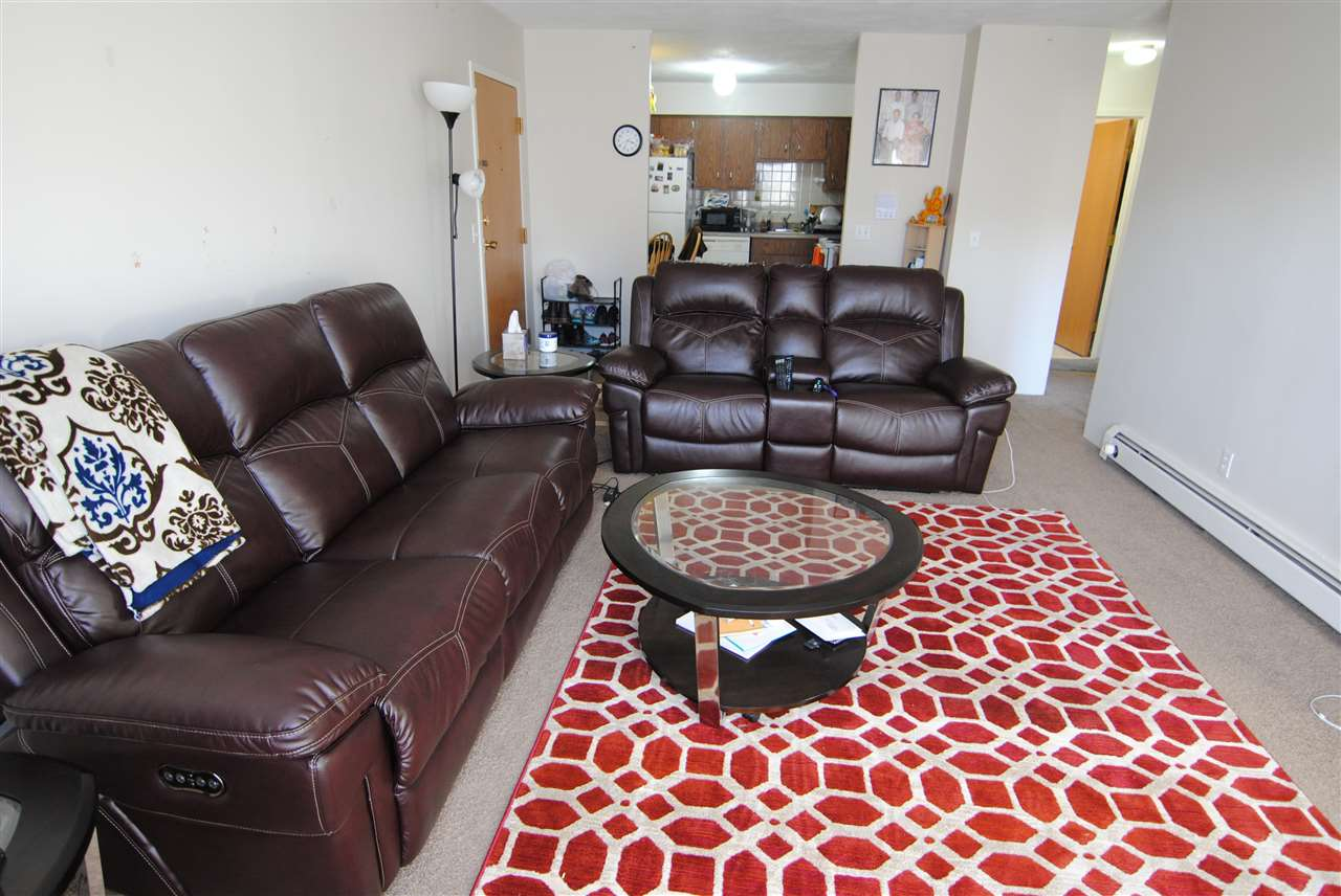 Nashua NH Condo for sale $List Price is $132,900