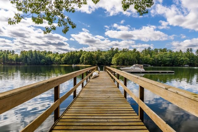 Durham NH River Oyster River waterfront home for sale