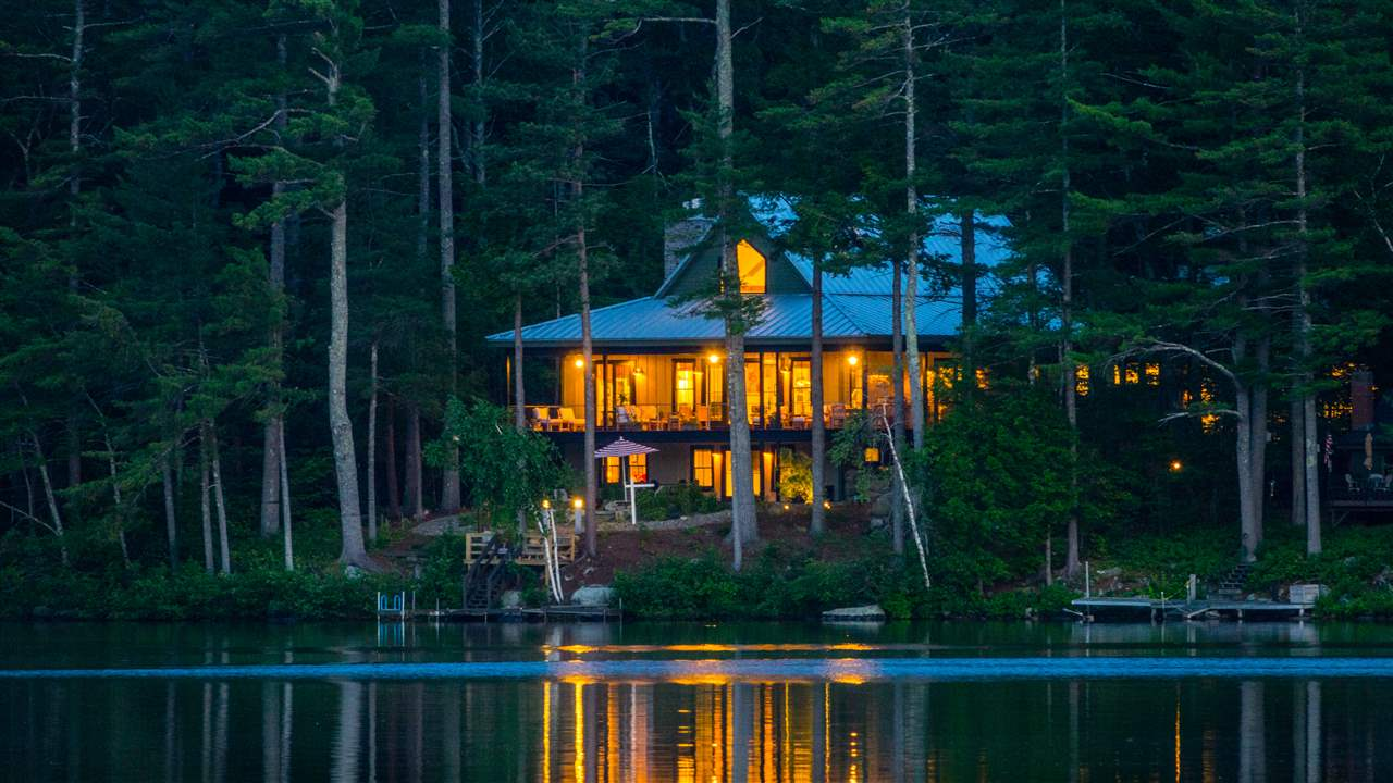 MOULTONBOROUGH NH Home for sale $1,550,000