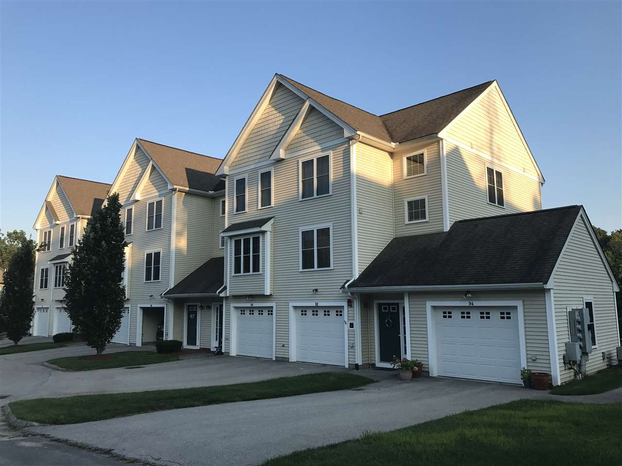 Nashua NHCondo for sale $List Price is $255,000
