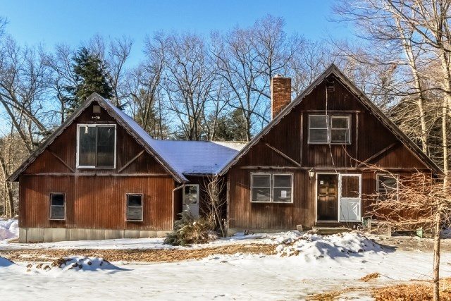 Goffstown NHHome for sale $List Price is $169,900