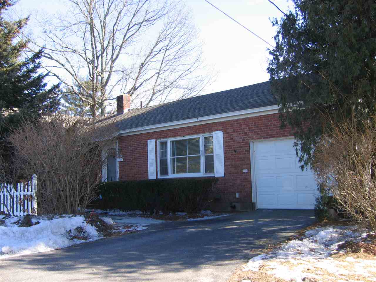Nashua NHHome for sale $List Price is $195,000