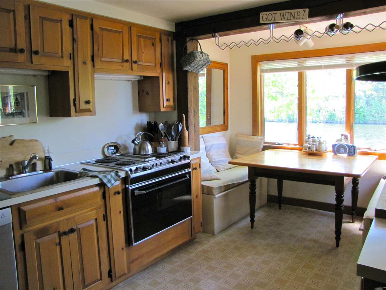 VILLAGE OF EASTMAN IN TOWN OF GRANTHAM NH Condo for rent $Condo For Lease: $1,750 with Lease Term