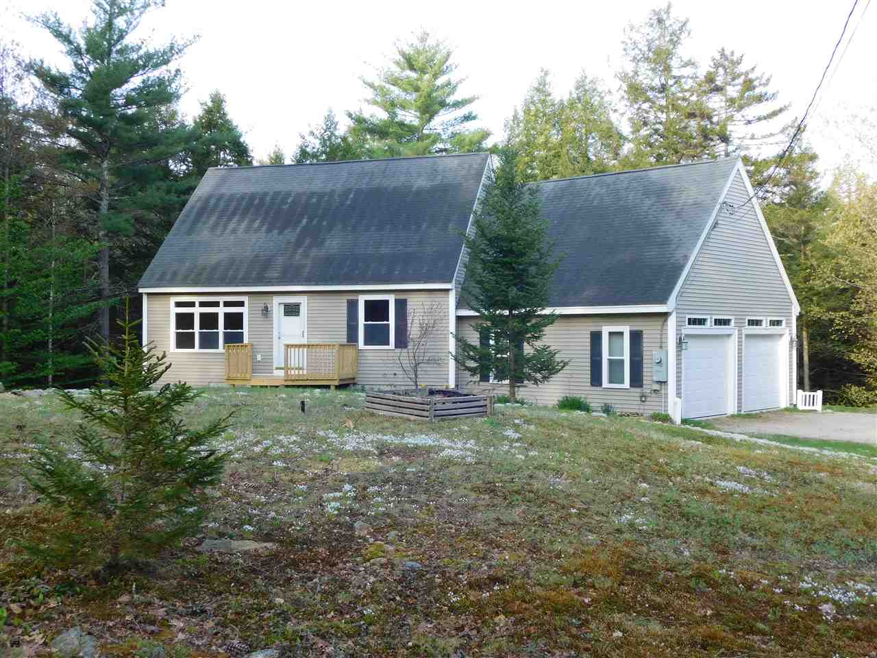 BROOKFIELD NH  Home for sale $259,900