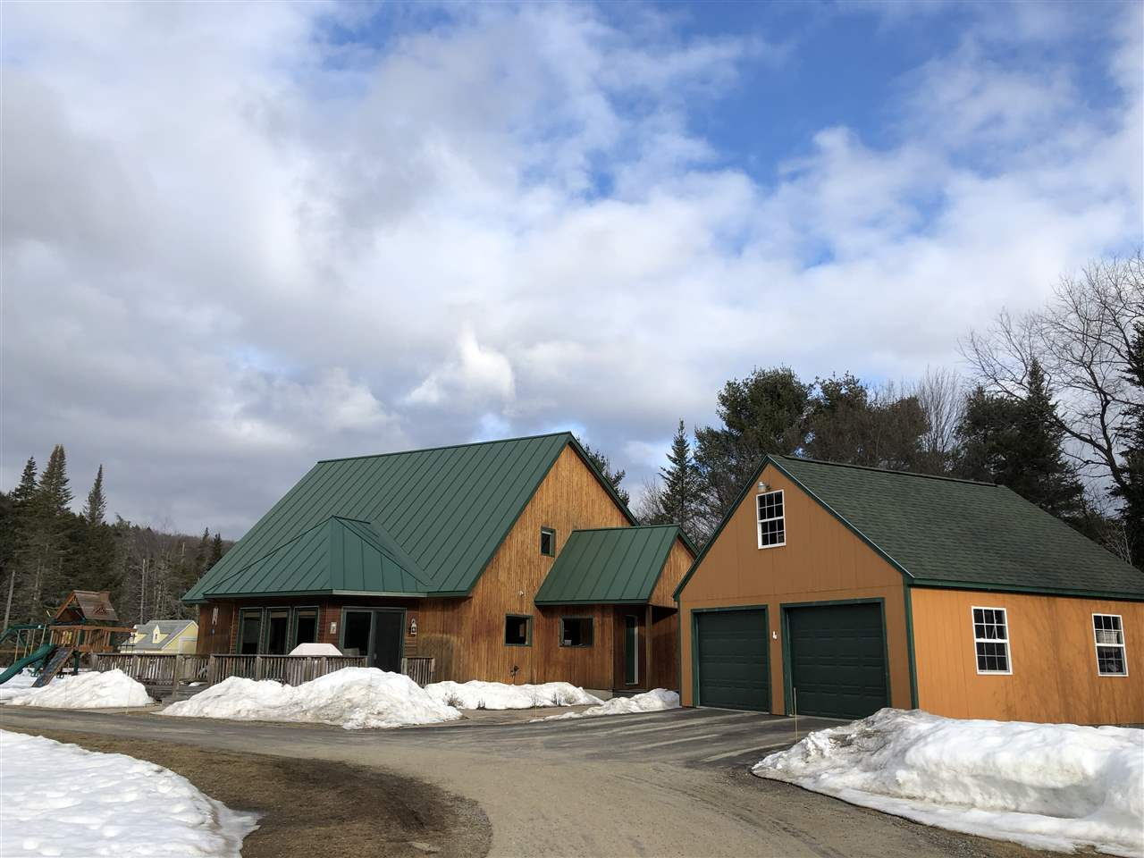 CANAAN NH Home for sale $$275,000 | $109 per sq.ft.