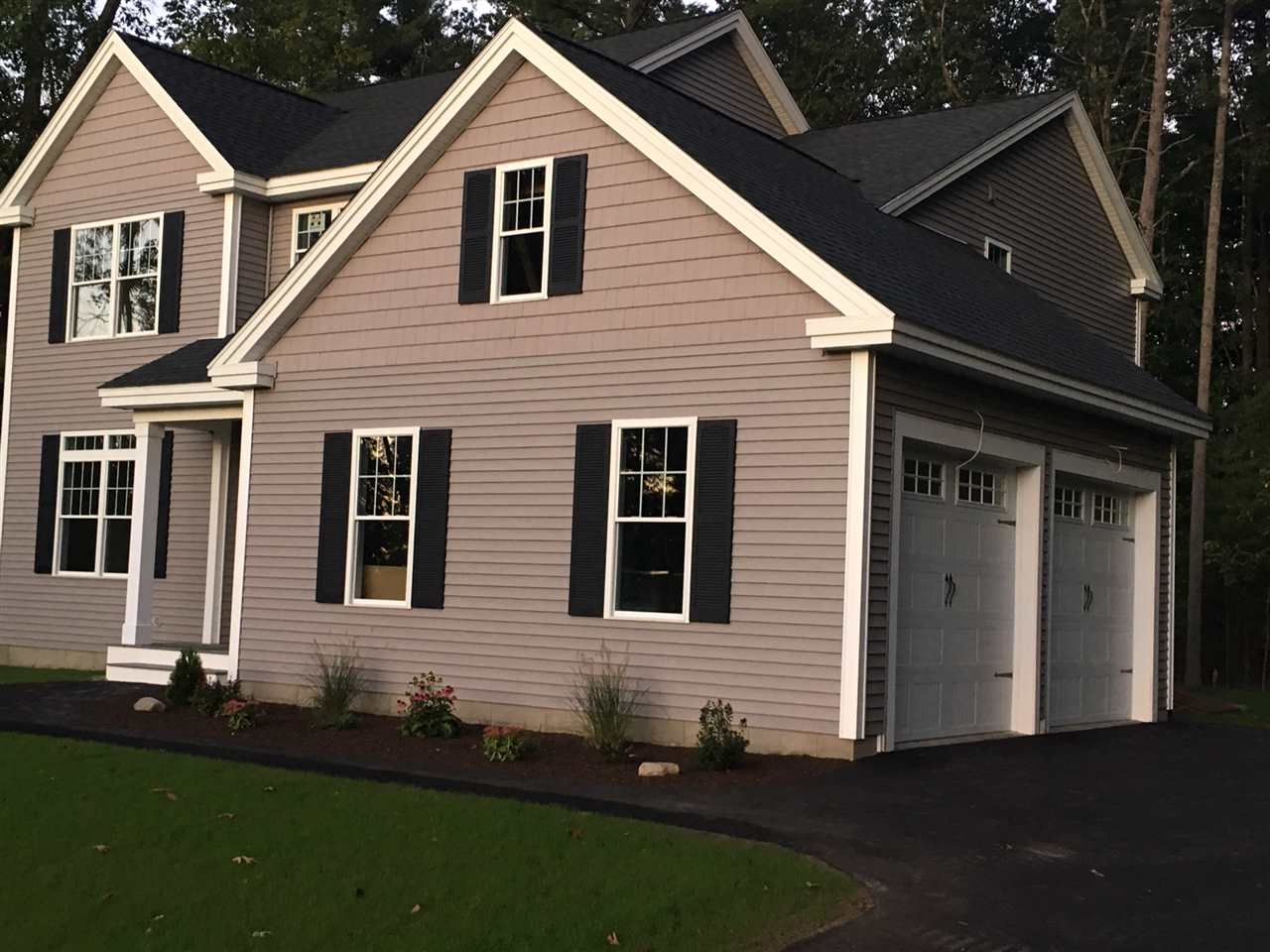 Litchfield NHHome for sale $List Price is $445,500