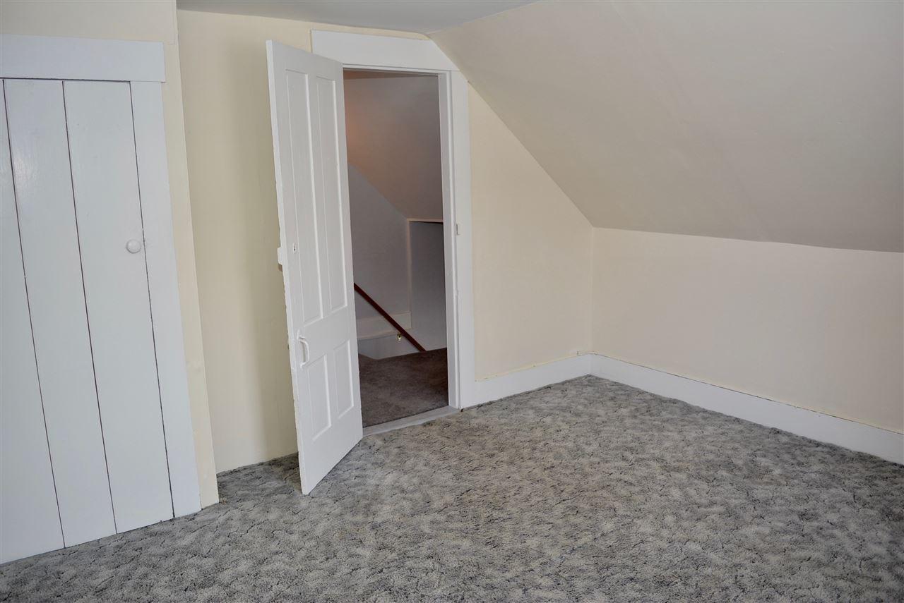 Top Floor Bedroom #1