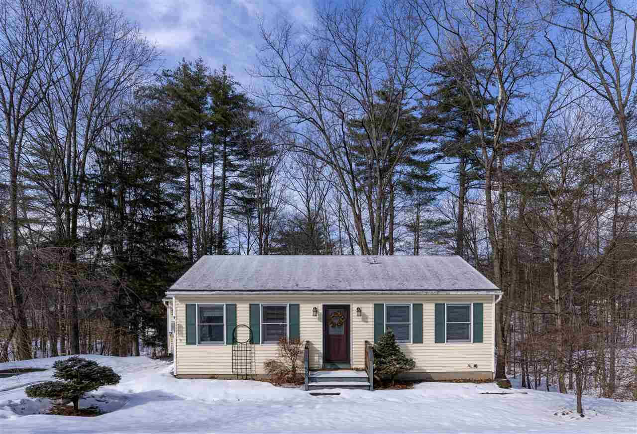 LEBANON NH Home for sale $$244,000 | $267 per sq.ft.