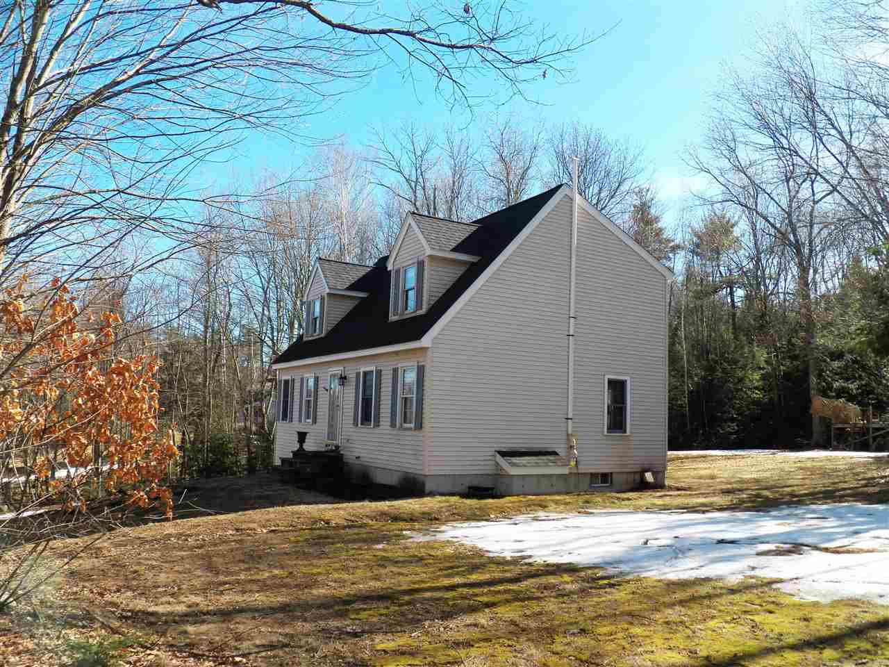 Fremont NHHome for sale $List Price is $279,900