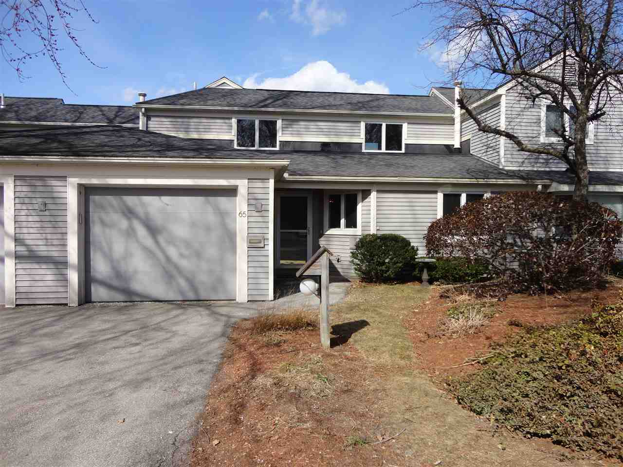 Nashua NH Condo for sale $List Price is $234,500
