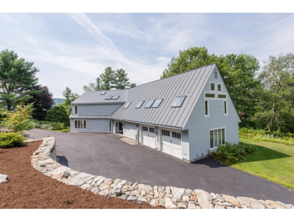 ENFIELD NH Lake House for sale $$924,000 | $377 per sq.ft.