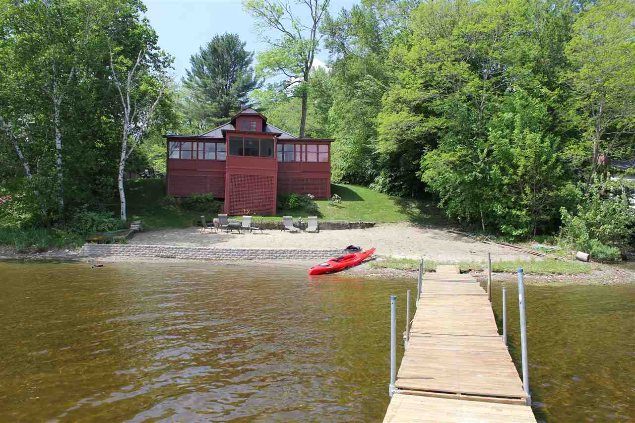 ENFIELD NH Lake House for sale $$399,900 | $724 per sq.ft.